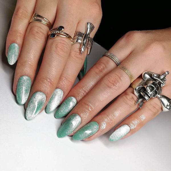 Фото №9 - Velvet nails: идеальный сияющий маникюр на лето