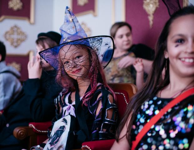 Фото №2 - Странные дела, привидения и мистический ЗАГС: Хэллоуин в детской стране профессий