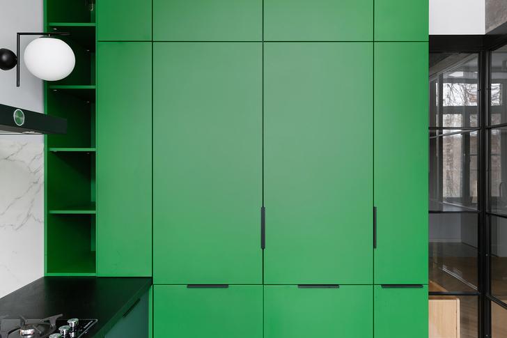 Фото №3 - Color Blocking: яркая квартира 63 м² в сталинке