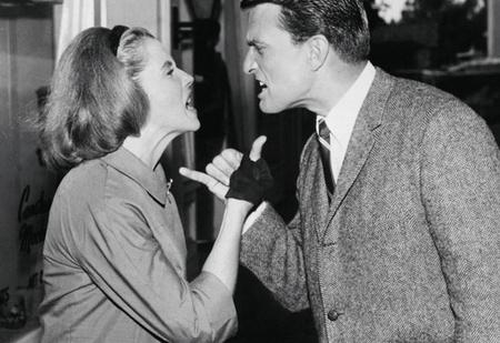 Как добиться от своей женщины уважения (13 золотых правил)