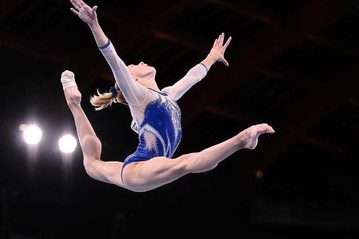 Фото №4 - Все секреты идеального пучка: учимся у российских гимнасток 🤩