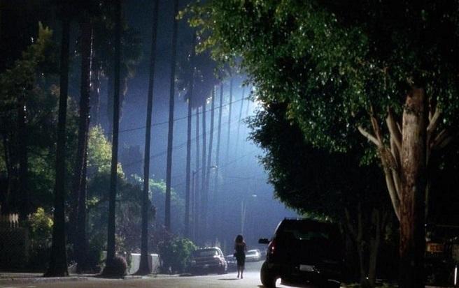 Фото №3 - Улицы страха: самые криповые улицы и переулки в фильмах и сериалах 😬