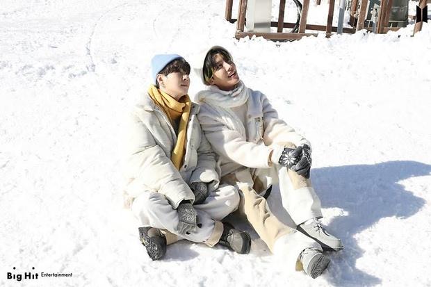 Фото №49 - Снежные ангелы: Big Hit Entertainment выложил 65 новых фото BTS 😍