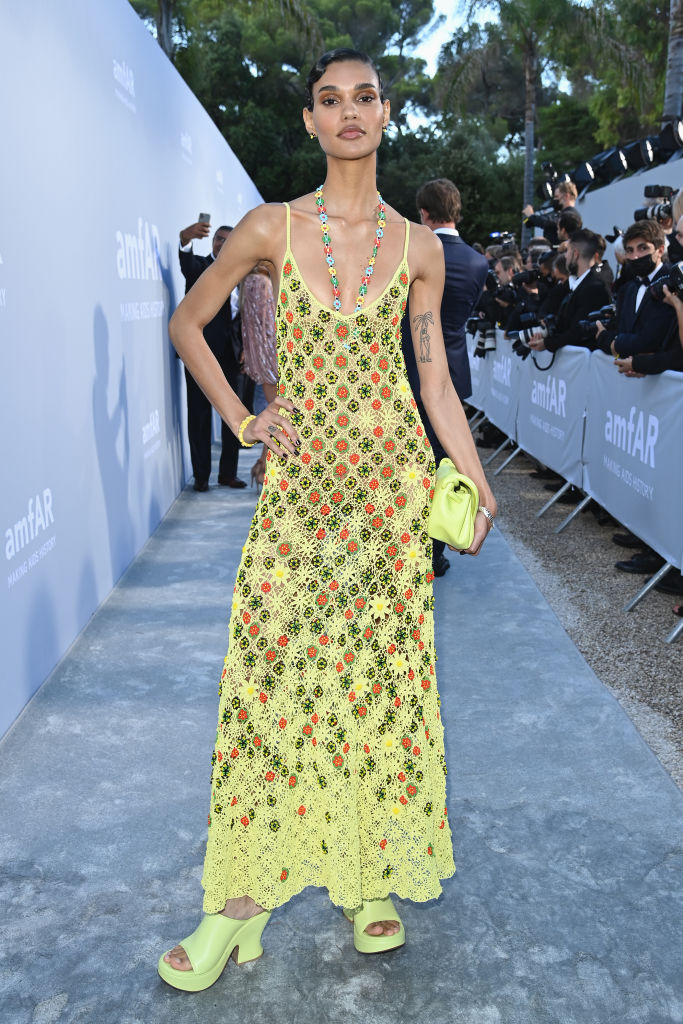 Фото №3 - Самое красивое платье бала amfAR. Версия 4. Майка в стиле кроше Bottega Veneta