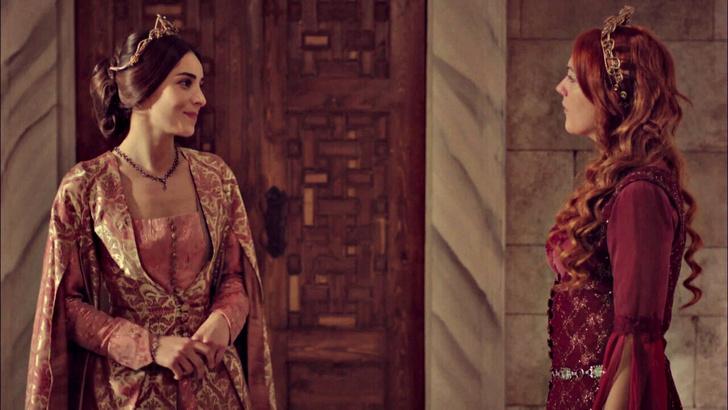 Фото №6 - «Великолепный век»: 8 причин, почему Махидевран Султан получила по заслугам✊
