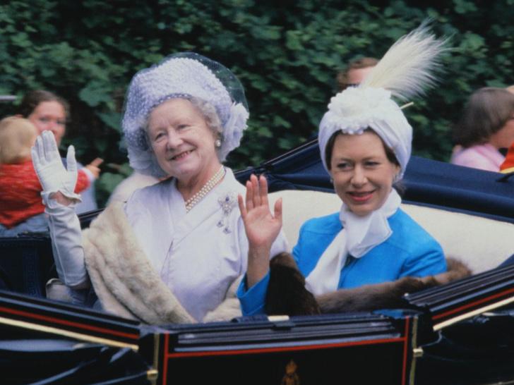 Фото №1 - Обида дочери: что принцесса Маргарет не смогла простить Королеве-матери