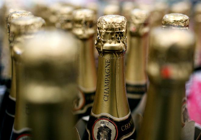 Приснилось во сне шампанское