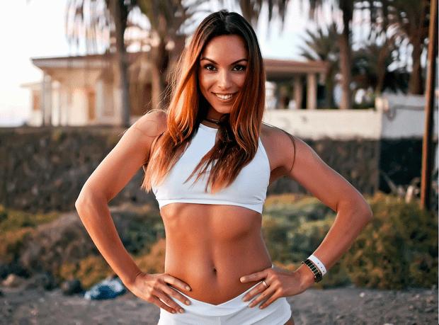 упражнения с фитнес резинкой для женщин в домашних условиях для ягодиц
