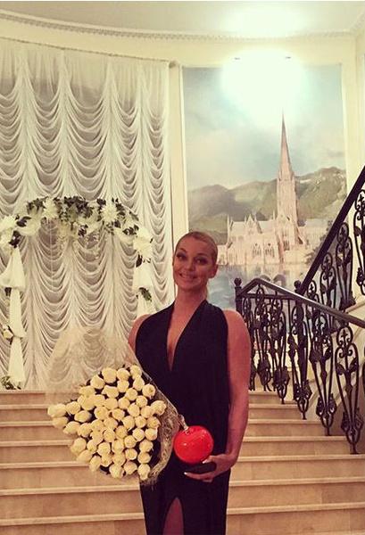Фото №2 - Волочкова покинула «Прямой эфир» из-за жены любовника