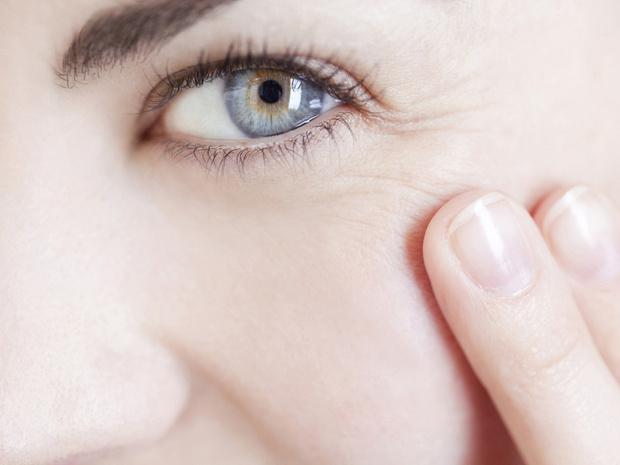 Фото №5 - Взять паузу: 5 процедур, которые сотрут с лица морщины