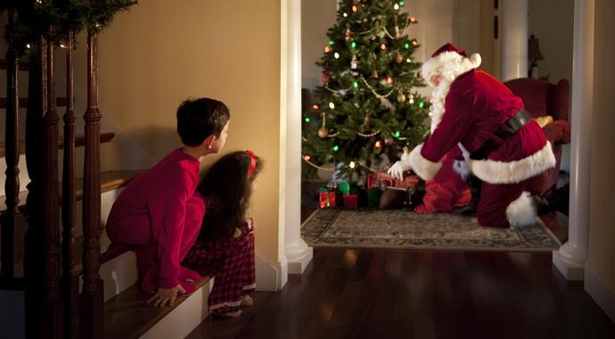 «А Дед Мороз существует?» Что отвечать ребенку
