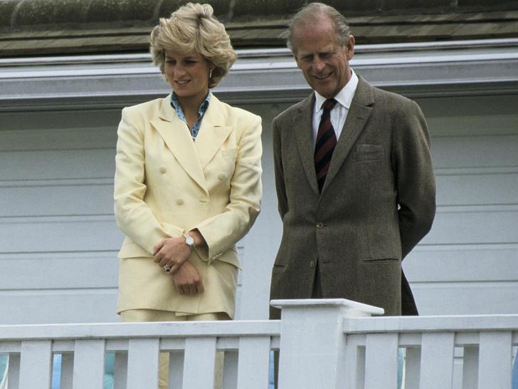 Фото №1 - Вторая дочь: как принц Филипп помогал Диане стать частью королевской семьи