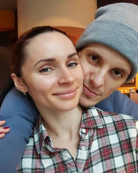 Фото №5 - Участник шоу «ТАНЦЫ» Михаил Шабанов: «Соблазнов не боюсь. Моя жена – самая красивая на свете»