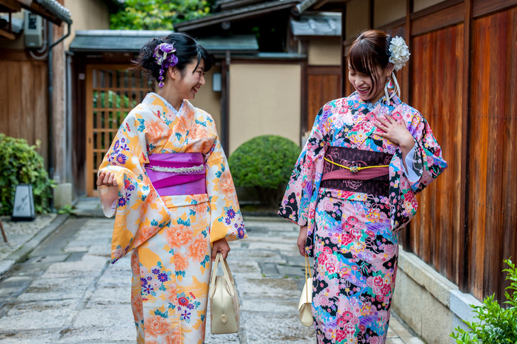 что делает гейша, как стать гейшей, современные гейши, стереотипы о гейшах
