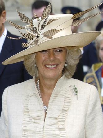Фото №24 - Шкатулка будущей королевы: любимые украшения герцогини Камиллы
