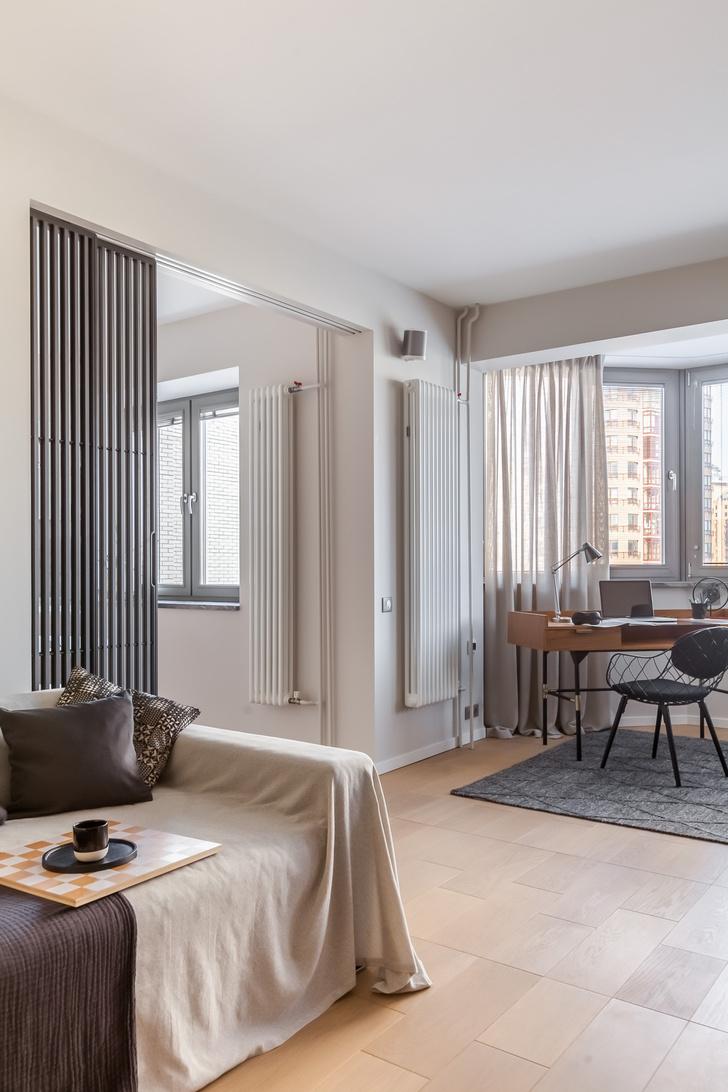 Фото №2 - Светлая квартира 64 м² с золотыми акцентами