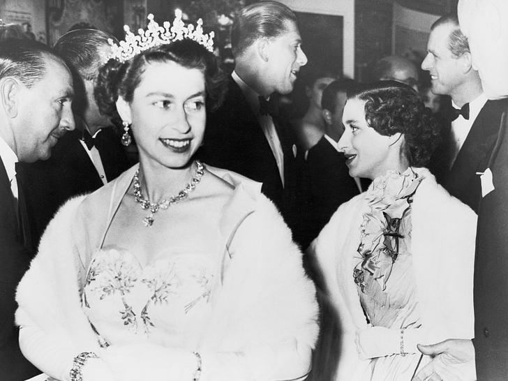 Фото №6 - Как и за что принцесса Маргарет отомстила Королеве в день своей свадьбы