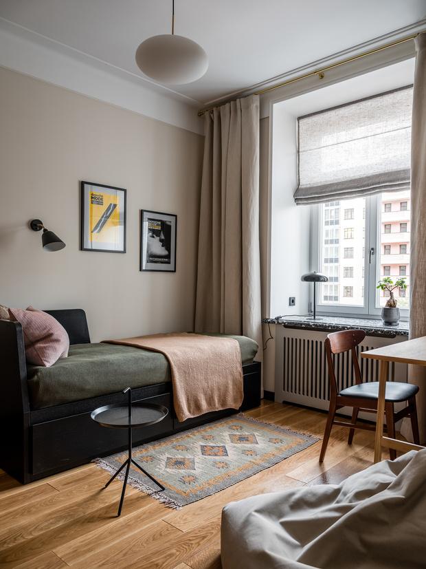 Фото №15 - Квартира с винтажной и дизайнерской мебелью в сталинке