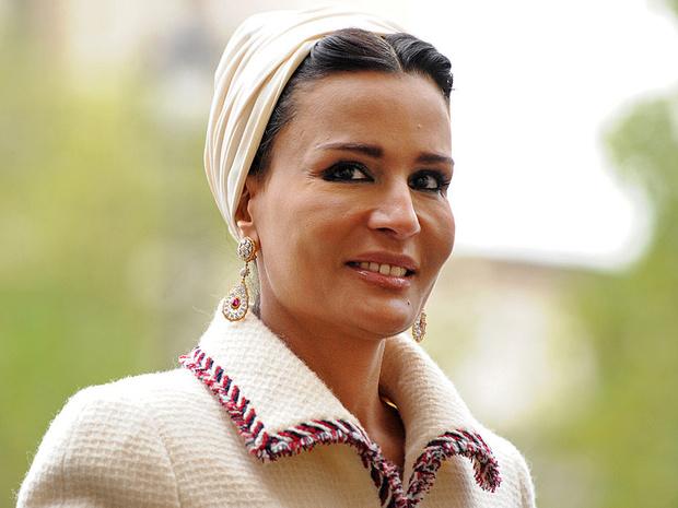 Фото №5 - Великолепная шейха Моза: как дочь мятежника стала «королевой сердец» Востока и иконой стиля