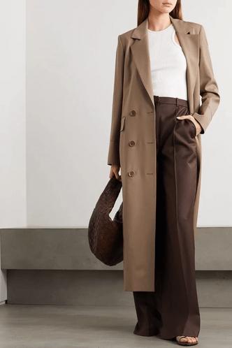 Фото №12 - 5 моделей брюк, которые делают ноги визуально длиннее