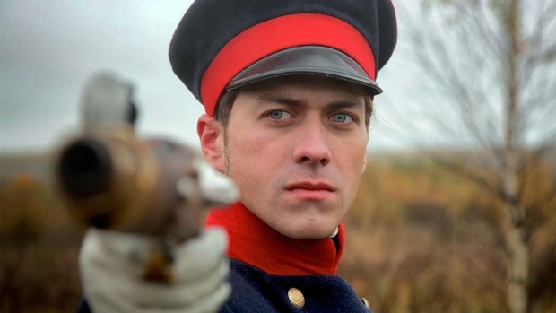 Фото №9 - Тут все твои краши: Топ-10 самых красивых русских актеров
