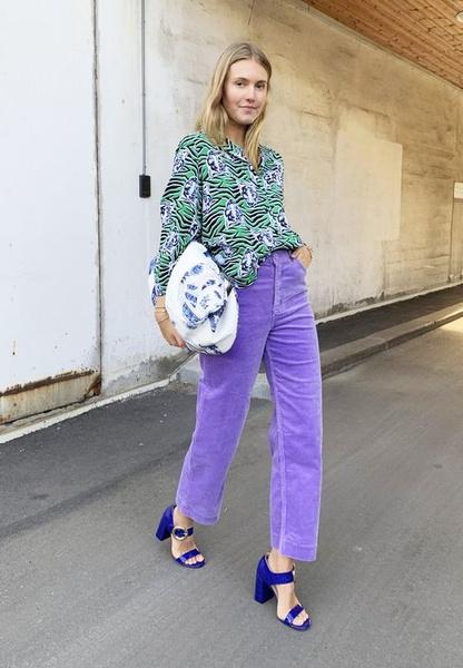 Фото №3 - Как носить цветные джинсы— тренд весны 2021