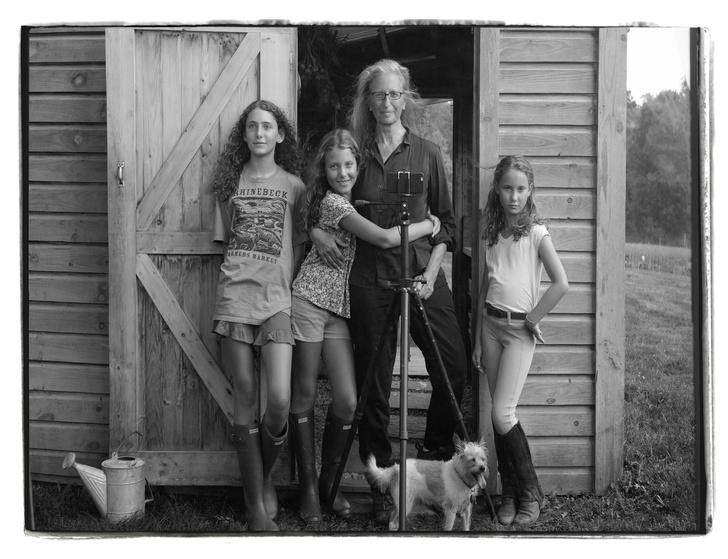 Фото №19 - Никогда не поздно: знаменитости, которые после 45 лет вновь стали родителями с помощью суррогатных матерей