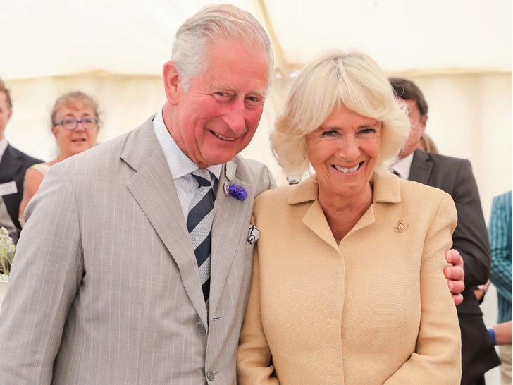 Фото №2 - Почему отношения Чарльза с Камиллой прошли проверку временем (а брак с Дианой— нет)