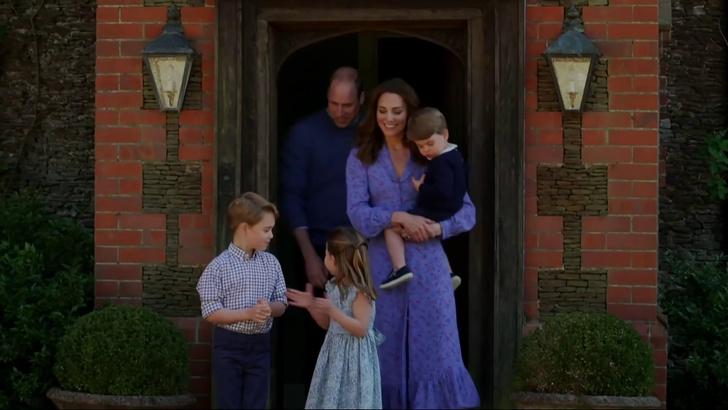 Фото №9 - Методы воспитания леди Дианы, которые переняли Уильям и Кейт Миддлтон— фото