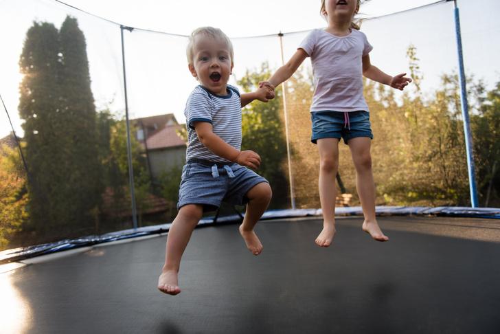 батуты опасны для ребенка