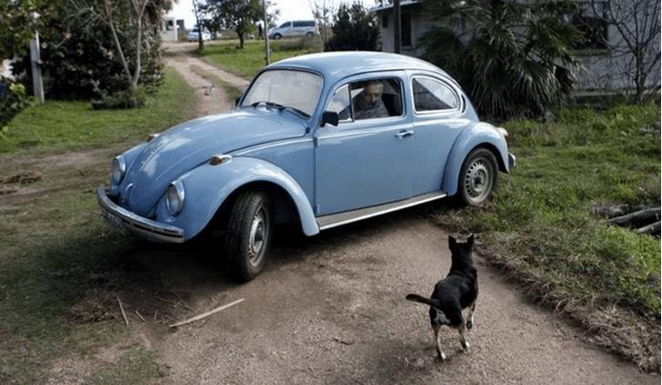 Фото №8 - Необычные автомобили, на которых передвигаются главы государств