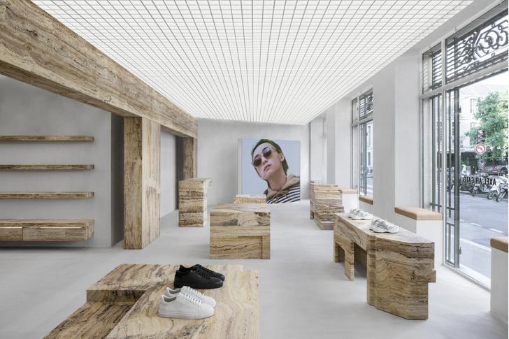 Фото №4 - Травертин и бетон: шоурум Axel Arigato в Париже