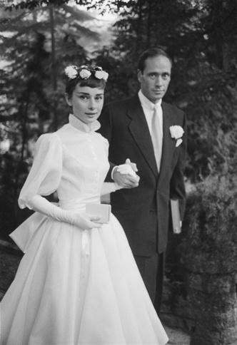 Фото №19 - Как выходили замуж легенды Голливуда: самые красивые ретро-фотографии