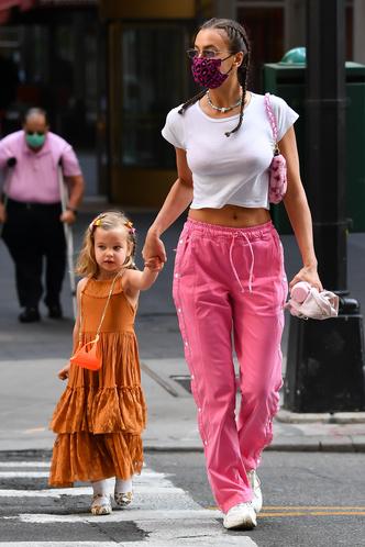 Фото №4 - Модные с пеленок: как звезды одевают своих детей