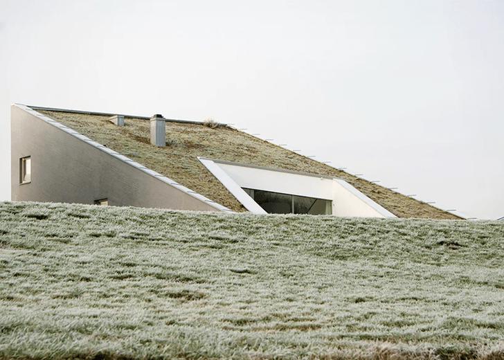 Фото №1 - Дом с наклонной крышей в Литве