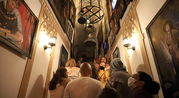 Главное событие лета: в Москве открылось «Министерство Магии»