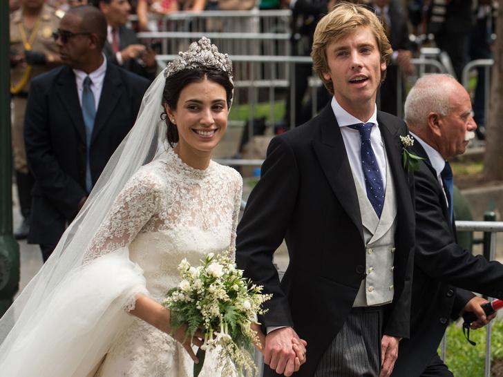 Фото №5 - От макияжа до прически: секреты красоты королевских невест
