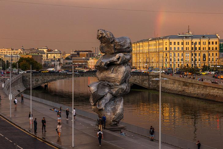 Фото №3 - Скульптор-создатель «кучи» на Болотной сравнил свое детище с Эйфелевой башней