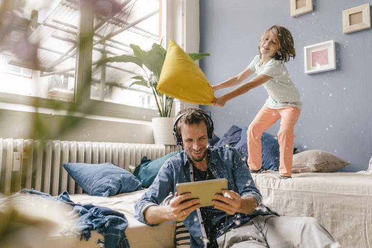Фото №3 - Как отучить ребенка кусать маму и драться: советы психолога