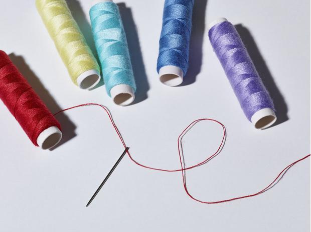 Фото №1 - Нить: к чему снятся нитки с иголкой и без