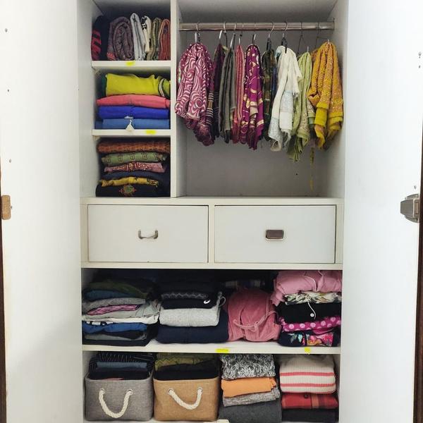 Фото №9 - 10 простых и клевых способов навести порядок в шкафу