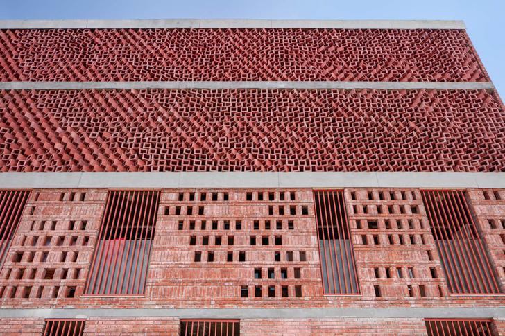 Фото №4 - Здание с нулевым потреблением энергии в Индии