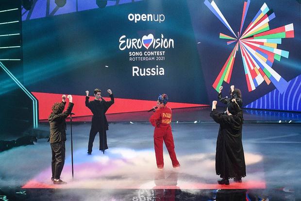 Фото №2 - С миру по нитке: костюм Манижи для «Евровидения» шьет вся Россия