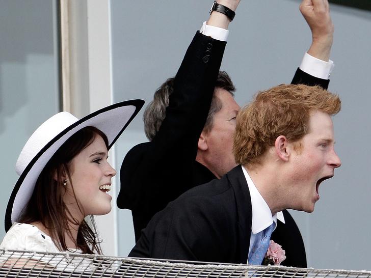 Фото №2 - Игра с огнем: почему принцесса Евгения может сильно ухудшить свое положение в королевской семье