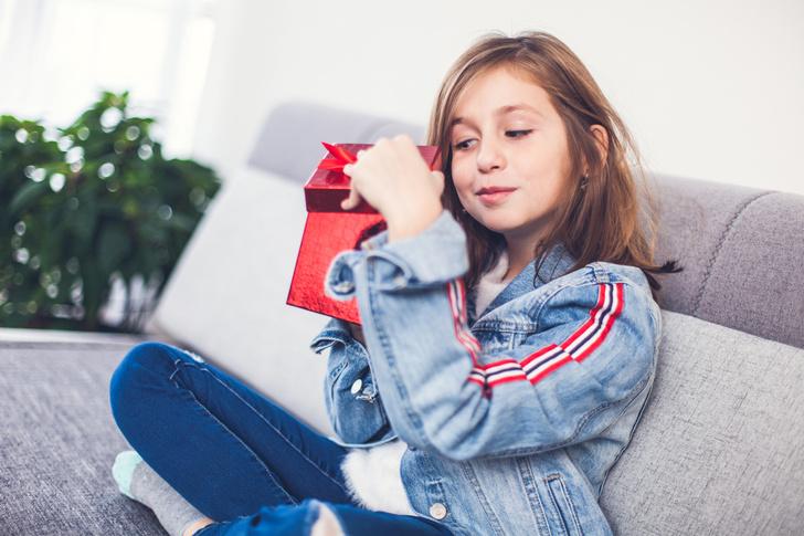 можно ли дарить ребенку деньги: психолог