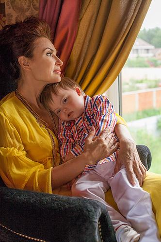 Фото №3 - Эвелина Бледанс: «Нам пишут, что уже не боятся родить такого ребенка»