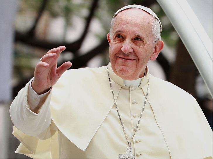 Фото №1 - Новая религия: 10 высказываний папы римского Франциска, которые вас удивят