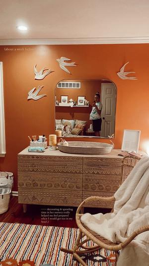 Фото №3 - Скорее смотри! Джиджи Хадид впервые показала детскую комнату своей дочери