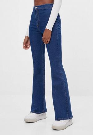 Фото №4 - Shape of You: выбираем джинсы по типу фигуры