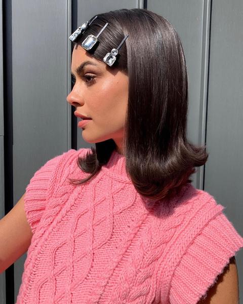 Фото №3 - Модные прически для волос средней длины: тренды 2021